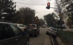 В Бишкеке мужчина угнал машину вместе с ребенком и попал в ДТП (фото)
